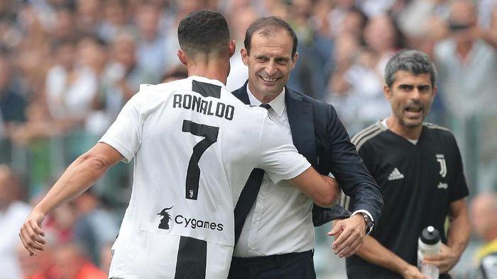 Cristiano Ronaldo dan pelatih Juventus Massimiliano Allegri. (Foto: Emilio Andreoli/Getty Images)