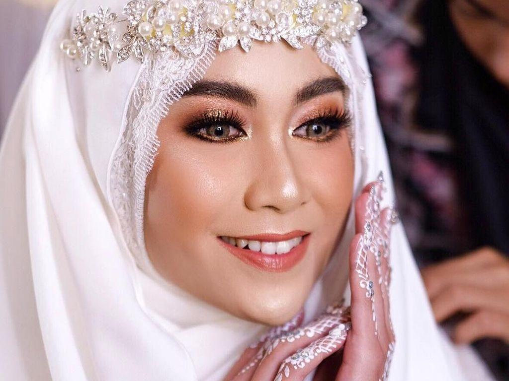 Taaruf, Anisa Rahma Cantik dengan Hijab ala Princess di Hari Pernikahan