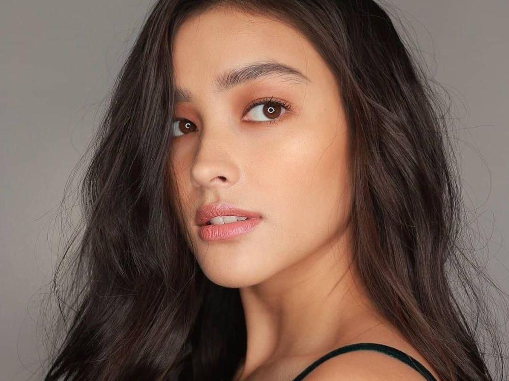 Pesona Liza Soberano, Wanita Tercantik Asal Filipina