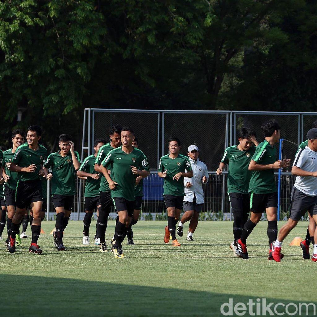 Tampil di PSSI Anniversary Cup, Indra Tak Khawatir Timnas Terbaca Lawan