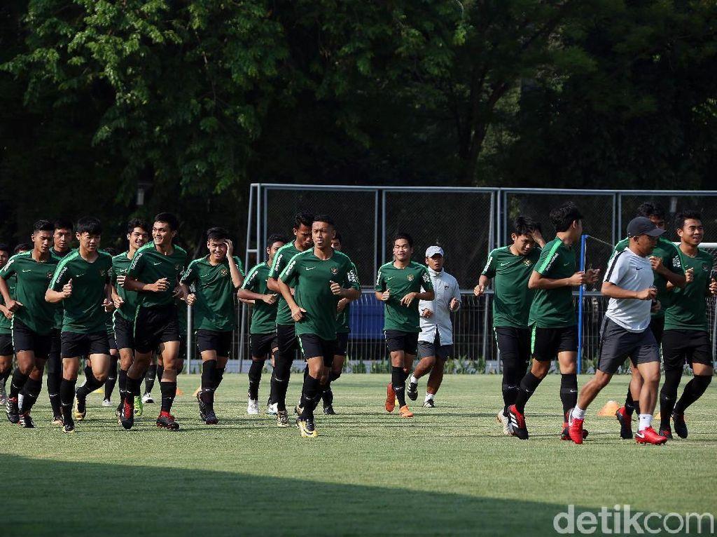 Dua Hari Jelang Turnamen Segitiga, Indra Fokus Pertebal Pertahanan