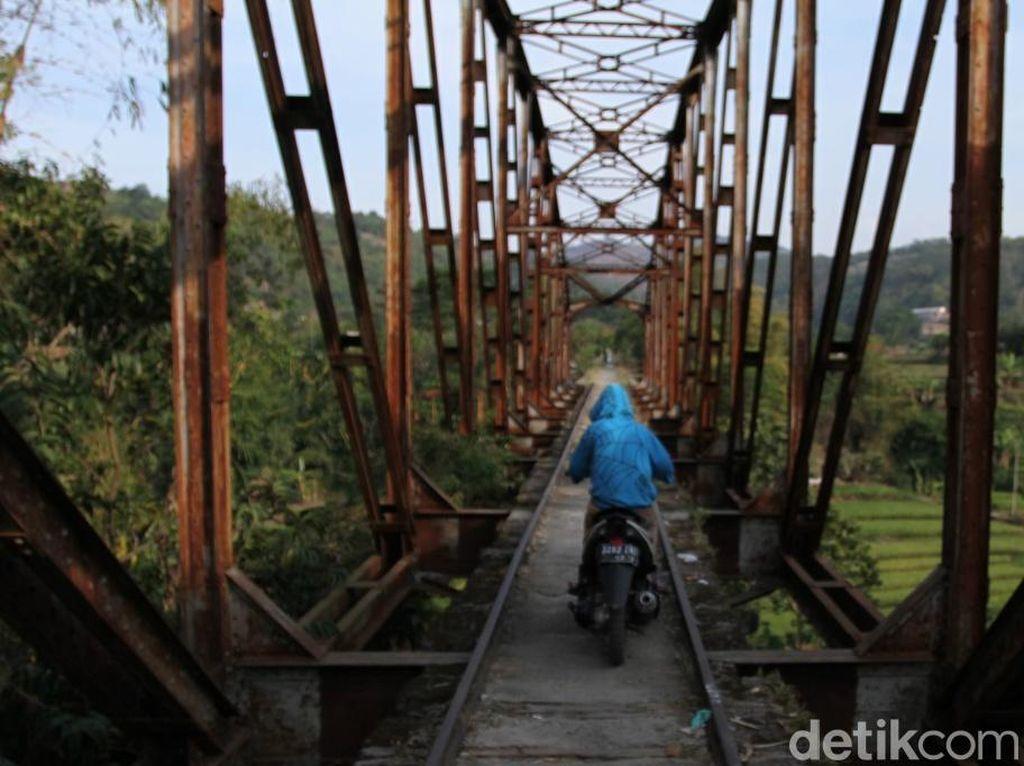 Jalur Kereta Bandung-Ciwidey Mati Pasca Kecelakaan 1972