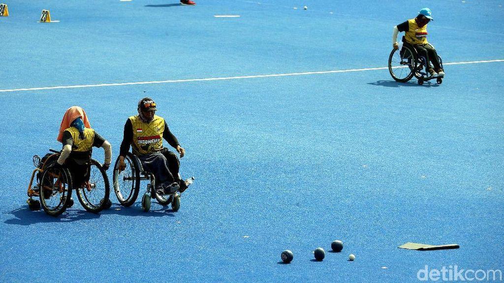 Melihat Latihan Atlet Lawn Bowls Jelang Asian Para Games 2018