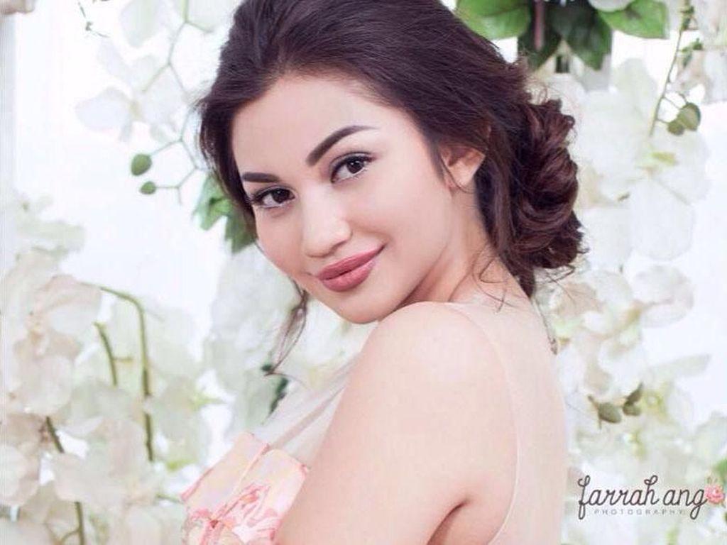 Heboh Foto KTP Ariel Tatum Cantik Banget, Netizen Heran