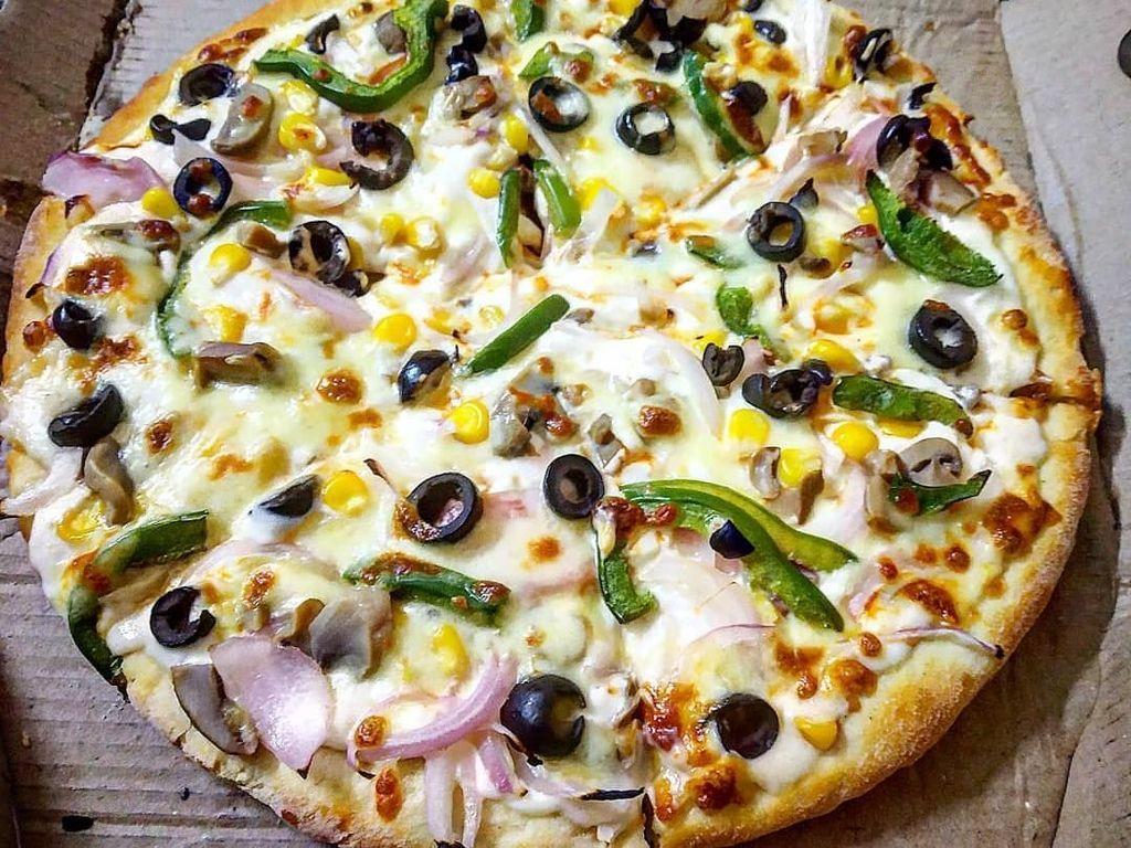 Pencinta Keju, Ini Pizza yang Berlumuran Keju Mulur Meleleh