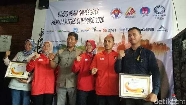 Aries Spiderwoman dan 2 Atlet Panjat Tebing Pemanasan Menuju Olimpiade