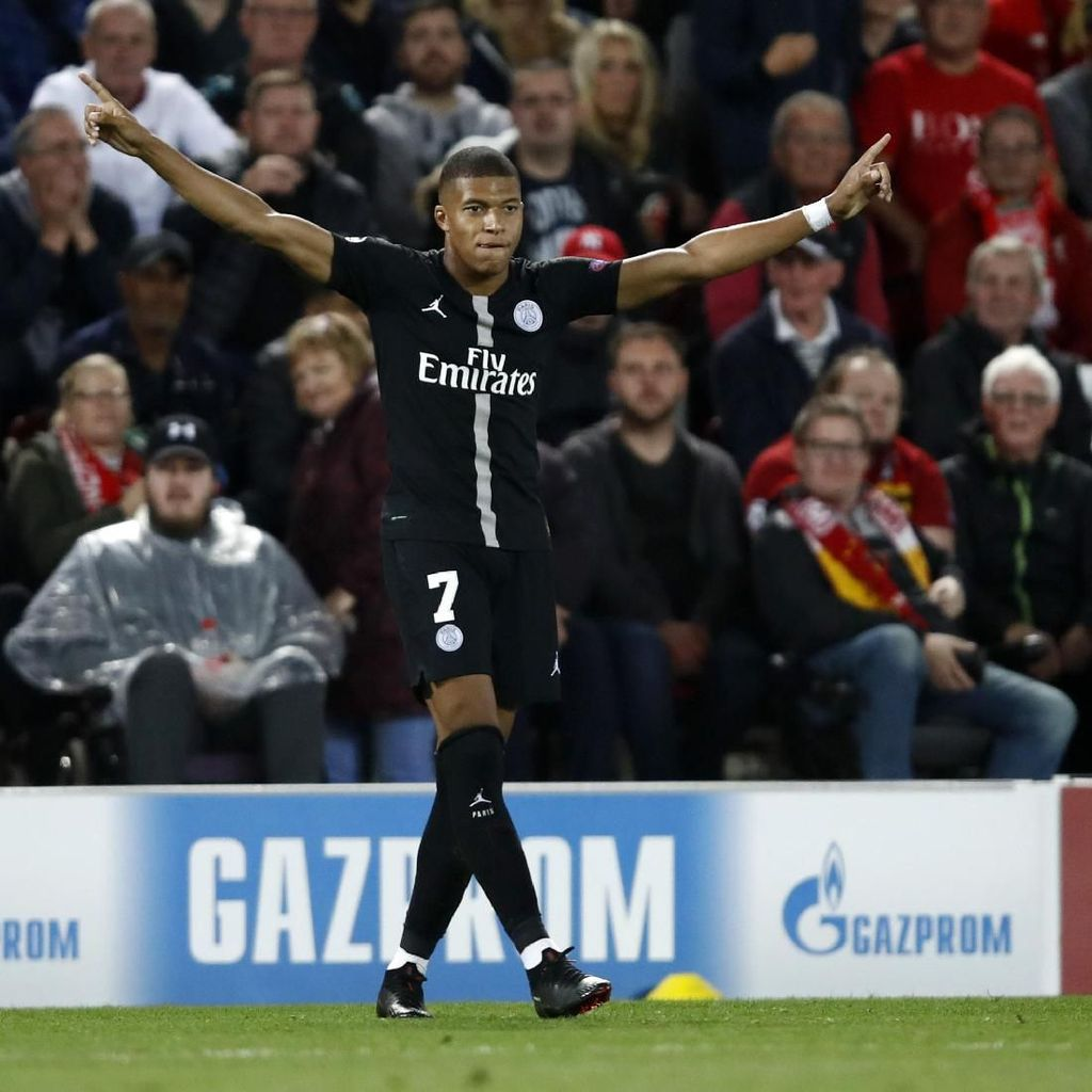 Di Balik Kekalahan PSG: Mbappe Jadi Pemain Termuda Raih 11 Gol Liga Champions