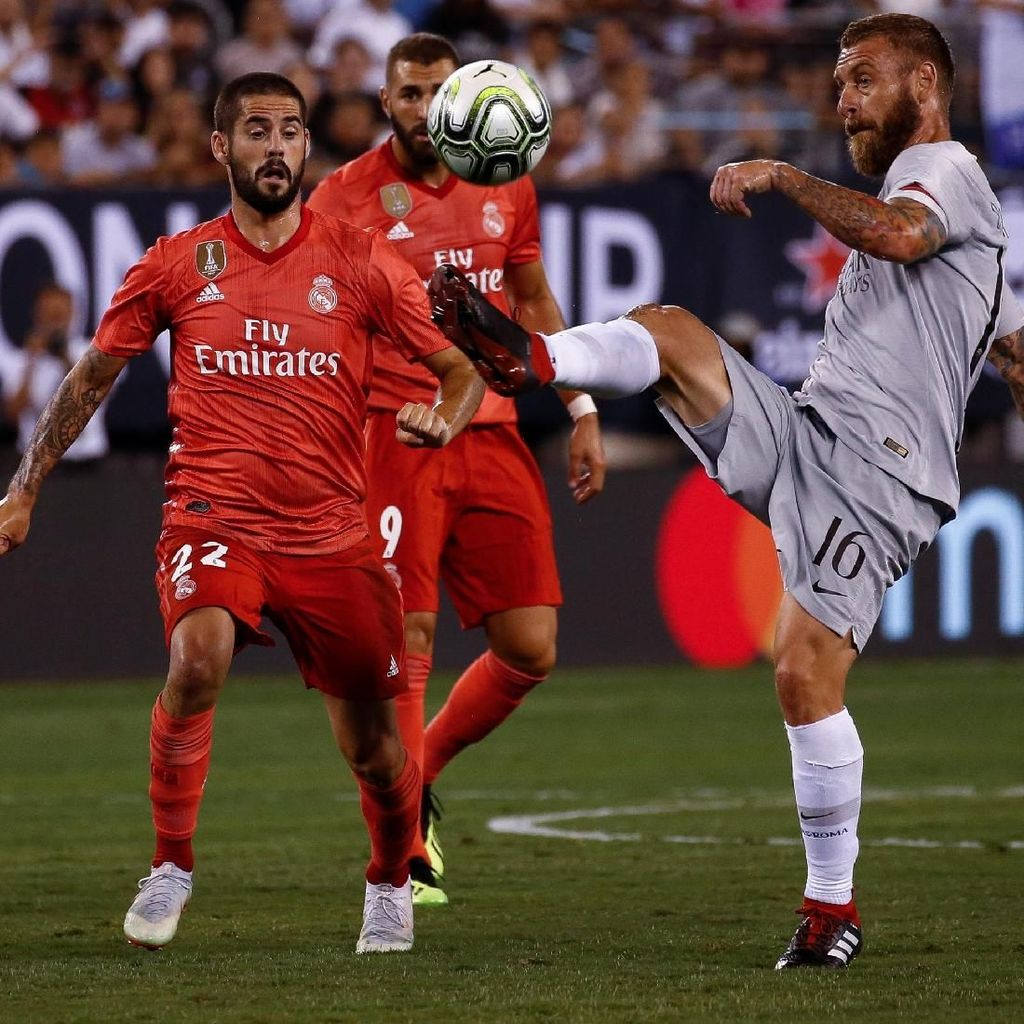 Tak Ada Ronaldo, De Rossi Baru Lega Kalau Madrid Jual 8 Pemain Lagi