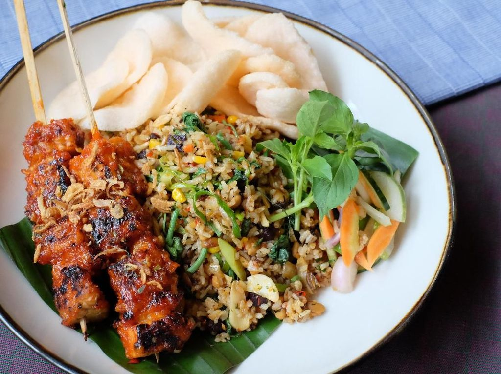 Restoran Ini Sajikan 6 Makanan Lokal Berbahan Tempe Non GMO