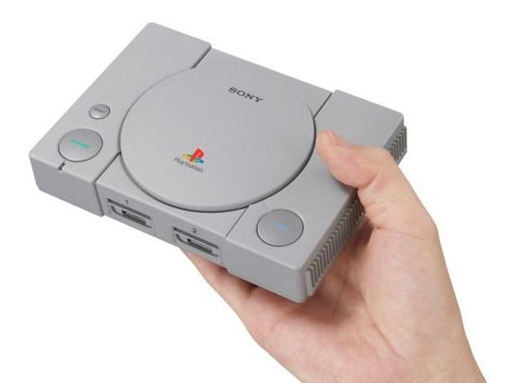 Dijebol, PlayStation Classic Bisa Mainkan Game dari Flash Disk