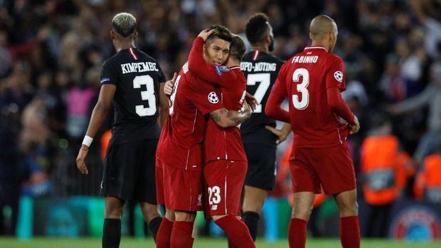 Roberto Firmino mencetak gol kemenangan Liverpool atas Paris Saint-Germain pada September 2018.