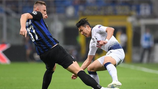 Inter Milan baru bisa bangkit di pengujung pertandingan.