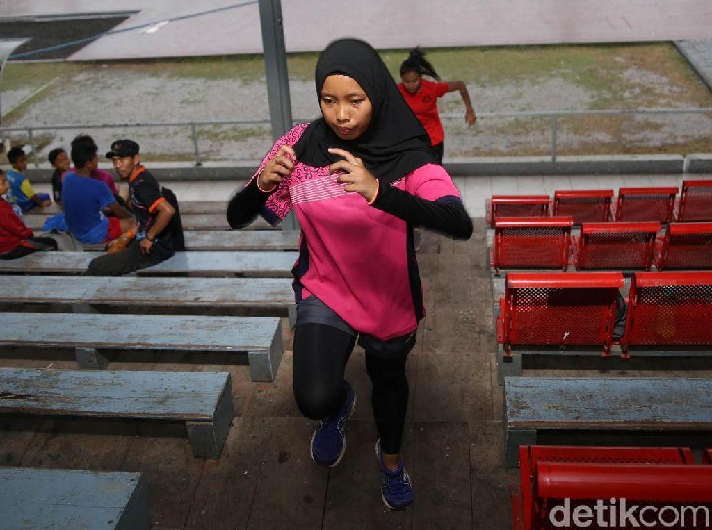 Karisma Persembahkan Emas Kesembilan untuk Indonesia