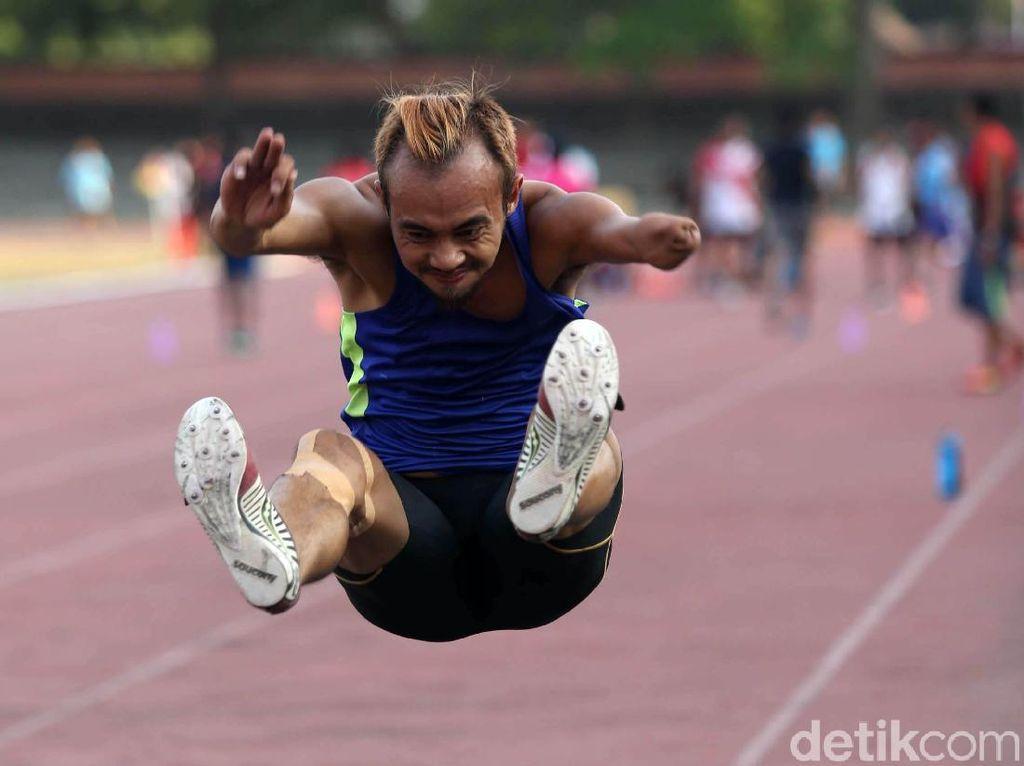 Melihat Atlet Para Atletik Berlatih Demi Indonesia
