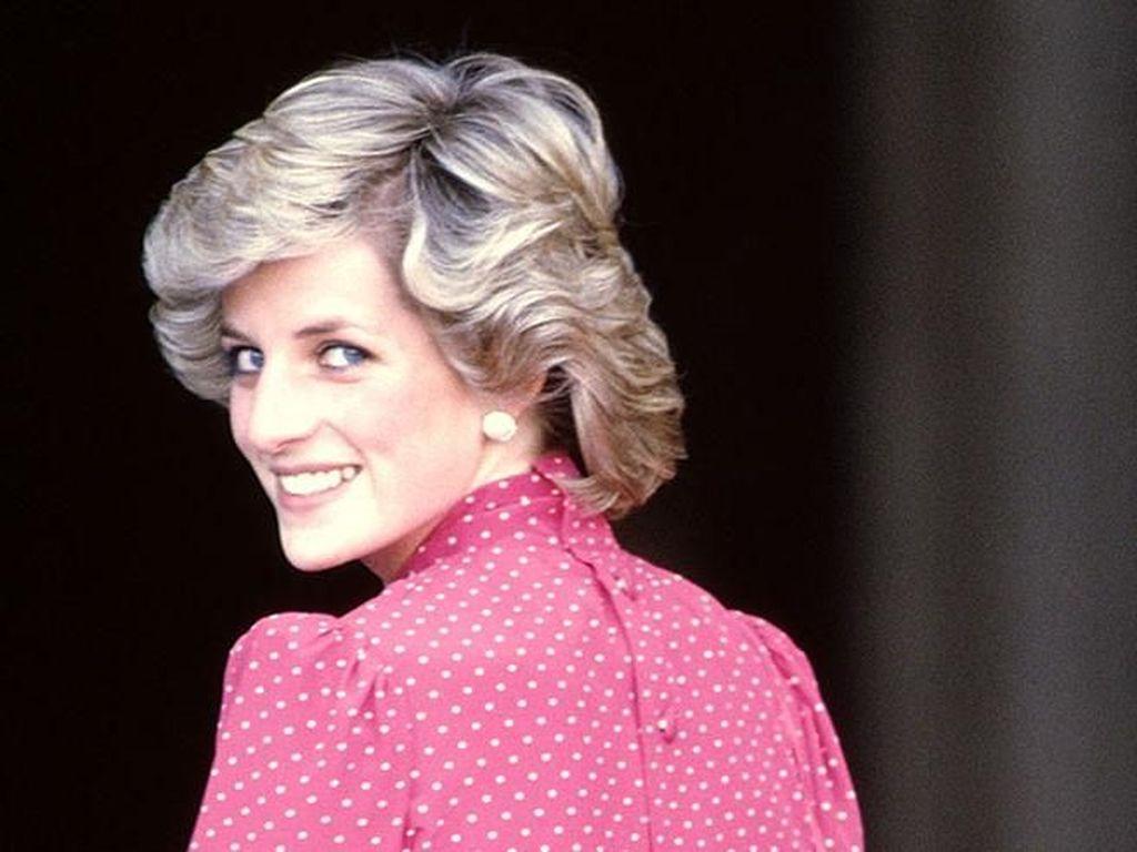 Putri Diana Diduga Hamil saat Meninggal Dunia