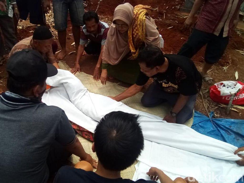 Sudah 231 Makam Dipindah di TPU Grogol Depok demi Proyek Tol Desari