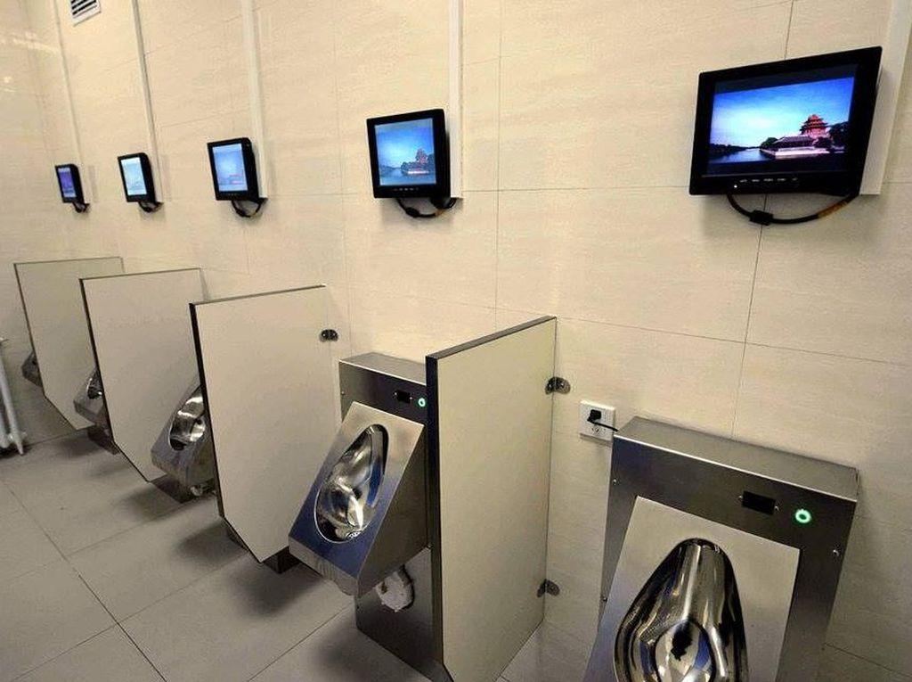 Mewahnya Toilet-toilet Modern di China, Ada Wifi dan TV Juga Lho!