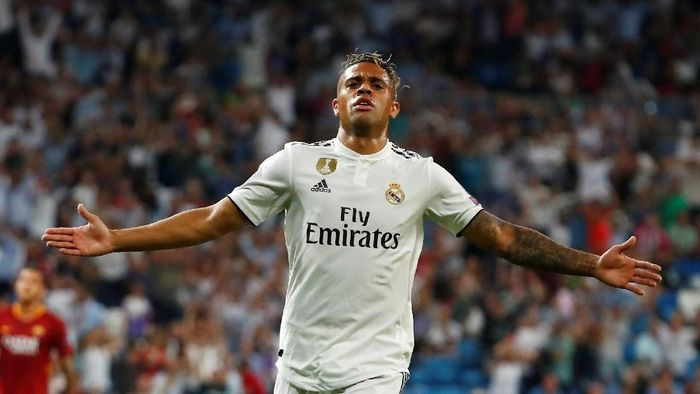 Soccer Football - Champions League - Group Stage - Group G - Real Madrid v AS Roma - Santiago Bernabeu, Madrid, Spain - September 19, 2018  Real Madrids Mariano celebrates scoring their third goal           REUTERS/Juan Medina
