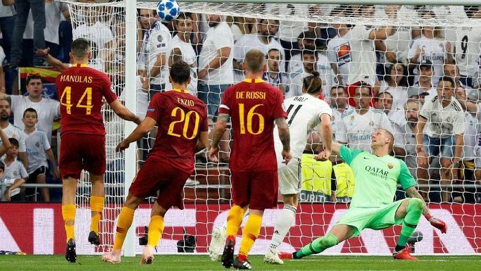 Luka Modric menilai Real Madrid seharusnya bisa menang lebih besar atas AS Roma di matchday 1 Liga Champions (Foto: Paul Hanna/Reuters)