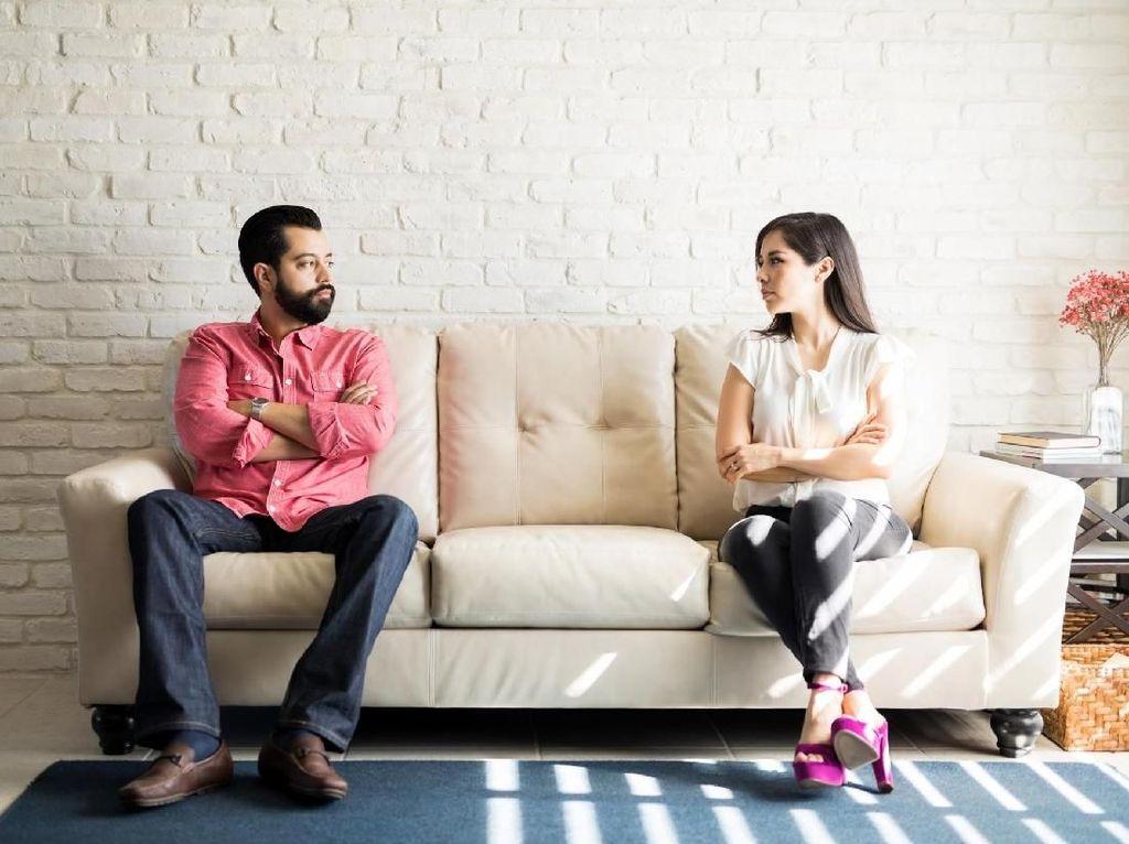 5 Hal yang Bisa Hilangkan Mood Bercinta Istri
