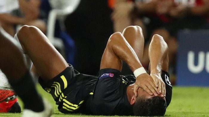 Cristiano Ronaldo mendapat kartu merah pertamanya di Liga Champions (REUTERS/Sergio Perez)
