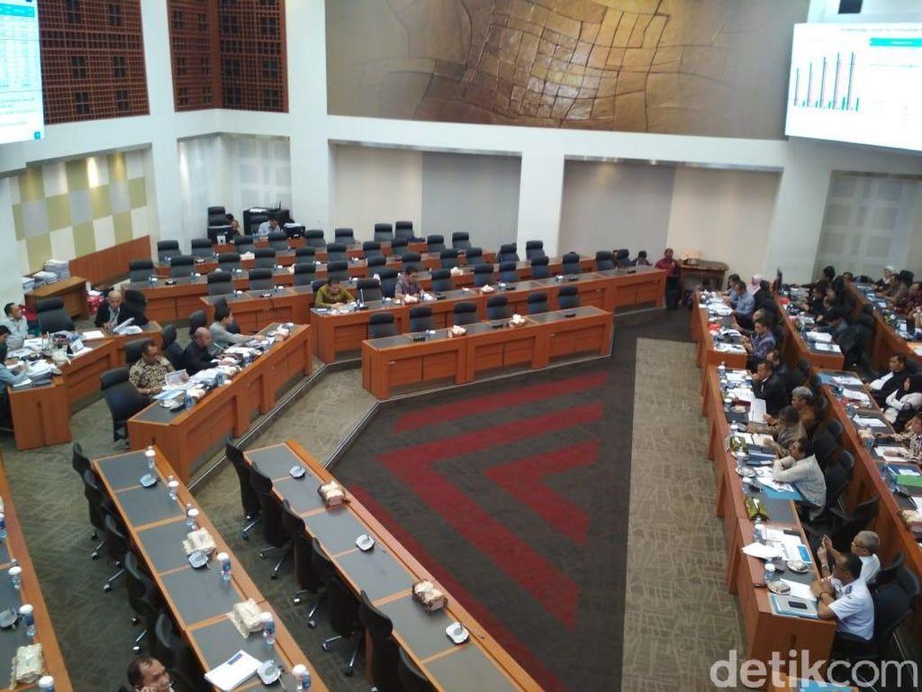 Banggar DPR dan Pemerintah Lanjut Bahas Defisit RAPBN 2019