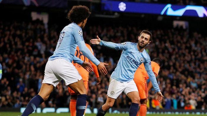 Bernardo Silva mencetak gol saat City kalah dari Lyon (Phil Noble/Reuters)