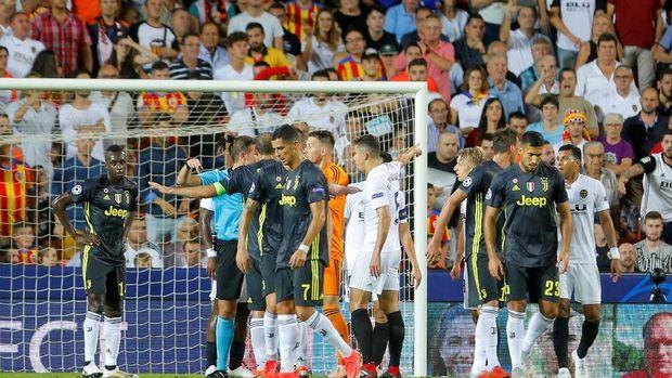 Hasil Liga Champions: Ronaldo Kartu Merah, Juve Kalahkan Valencia