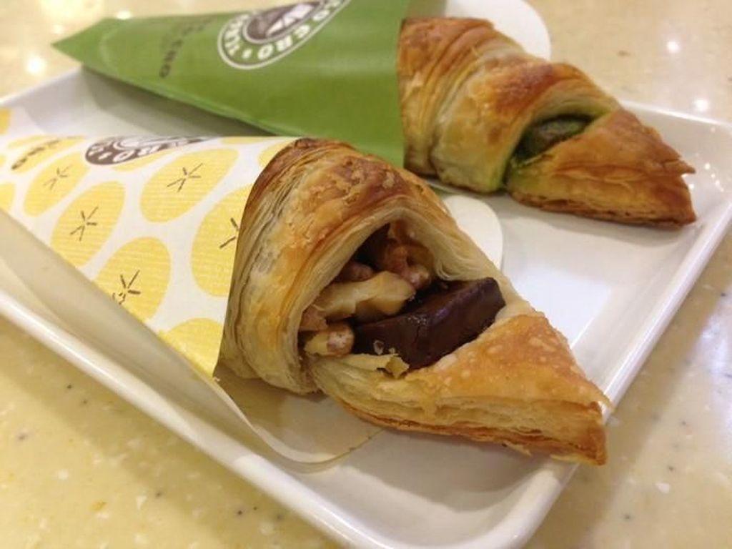 Yuk, Ngemil Croissant Geprek hingga Croissant Mini Gaya Jepang di Sini!