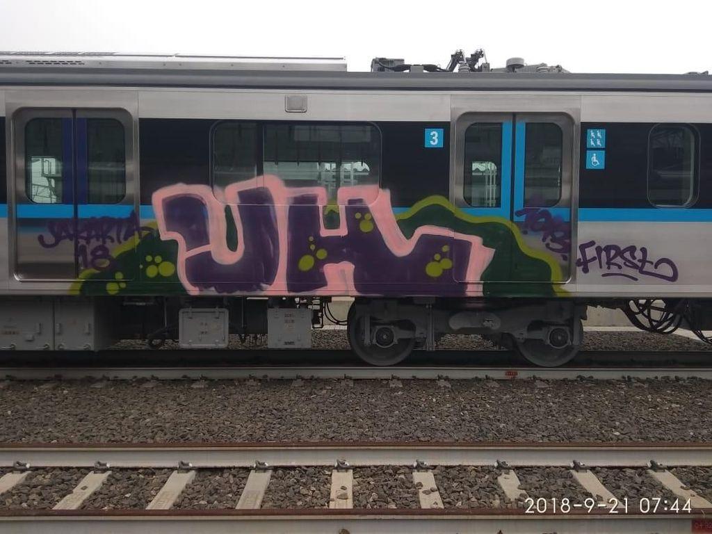 Polda Bentuk Tim Gabungan Usut Vandalisme di Kereta Bandara