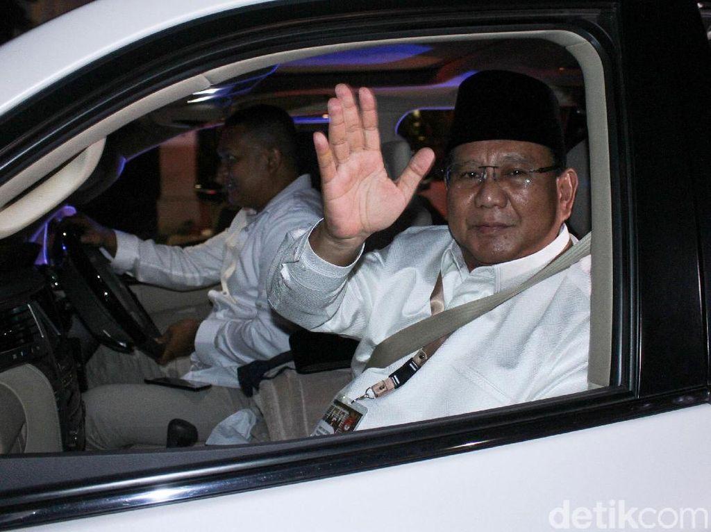 Saat Prabowo-Sandi Semobil Tancap Gas ke KPU