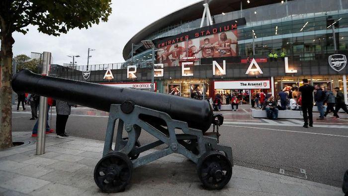 Suasana Emirates Stadium sebelum pertandingan Arsenal vs Vorskla di Matchday I Liga Europa dimulai. (Peter Cziborra/Reuters_