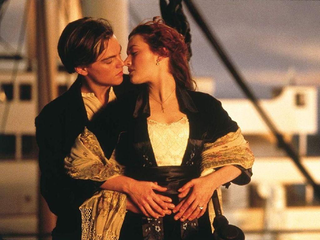 10 Film Drama Romantis Terbaik, Cocok Jadi Teman Akhir Pekan
