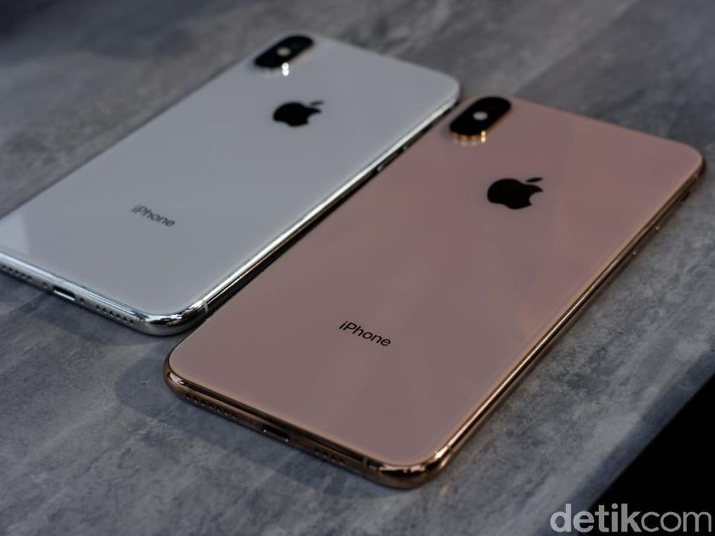 iPhone XS Bikin Apple Kena Denda dari Samsung?