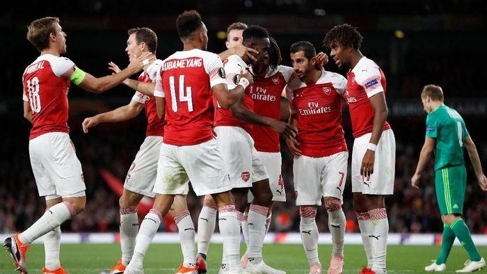 Arsenal menang 4-2 atas Vorskla di Liga Europa (Peter Cziborra/Reuters)