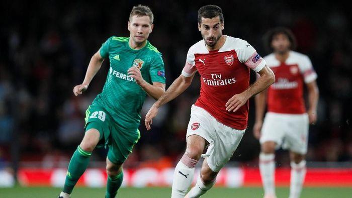 Konflik antarnegara kabarnya akan membuat Henrikh Mkhitaryan absen saat Arsenal tandang ke markas Qarabag di Liga Europa (Foto: David Klein/Reuters)