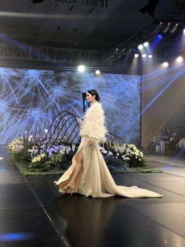 Koleksi gaun pengantin Tinara Brides.