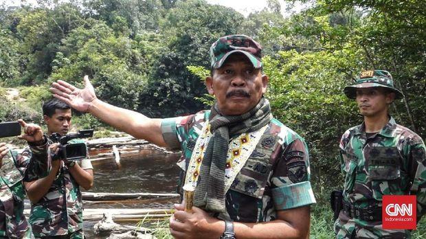 Cerita dari Perbatasan: Garuda di Dada, Ringgit di Kantong