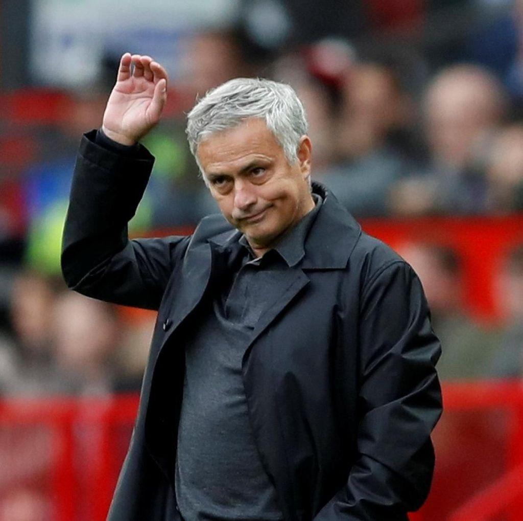 MU Ditahan Imbang Wolves, Mourinho: Hasil yang Adil