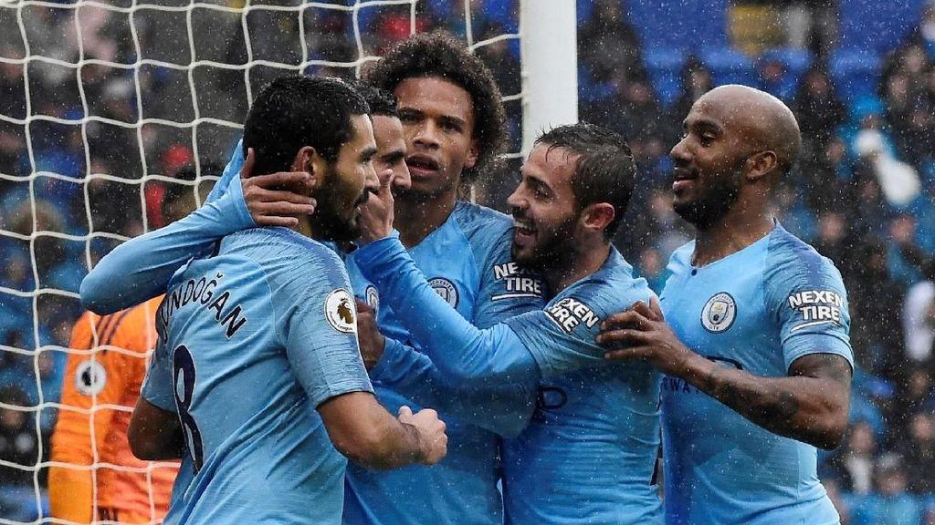 Hasil Liga Inggris: Mahrez Dua Gol, City Bantai Cardiff 5-0