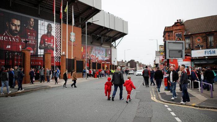 Suasana stadion Anfield sebelum pertandingan Liverpool kontra Southampton. Liverpool berkesempatan melanjutkan start apik mereka musim ini. (Phil Noble/Reuters)