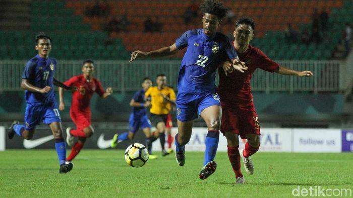 Timnas U-19 berimbanag 2-2 kontra Thailand. (Foto: Rifkianto Nugroho)