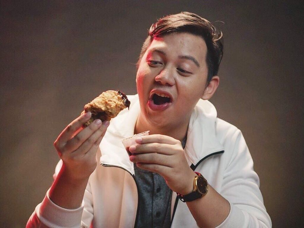 Debut Jadi Sutradara, Chandra Liow Bikin Film Bucin