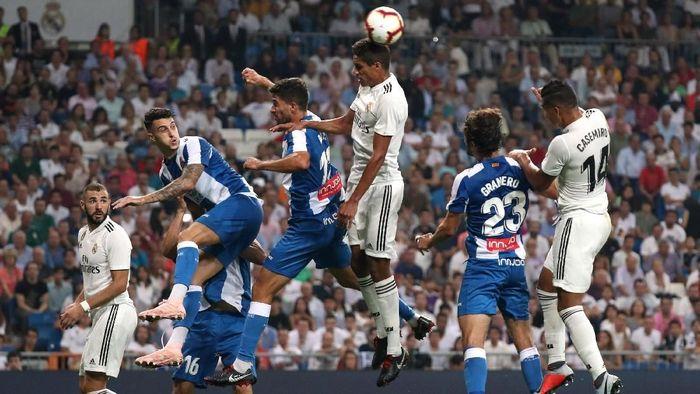 Real Madrid hanya menang 1-0 saat menjamu Espanyol dalam lanjutan Liga Spanyol (Foto: Susana Vera/Reuters)