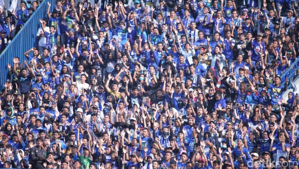 Teriakan Prabowo...Prabowo Menggema di Stadion Si Jalak Harupat