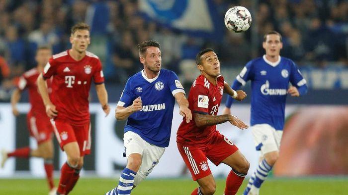 Bayern Munich menang 2-0 atas Schalke dalam lanjutan Liga Jerman (Foto: Leon Kuegeler/Reuters)