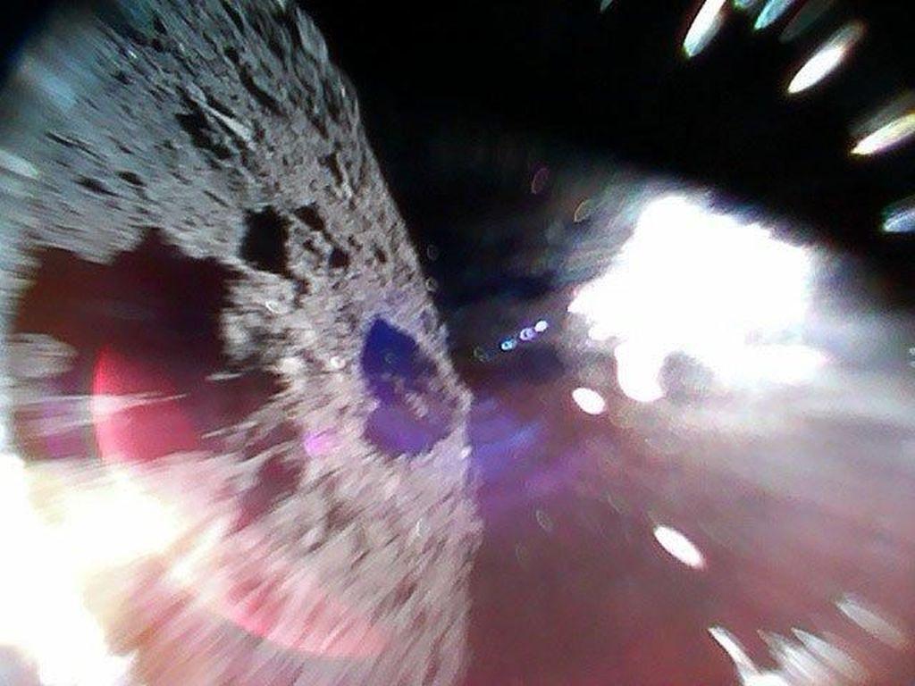 Jepang Rupanya Punya Rencana Bikin Ledakan di Asteroid
