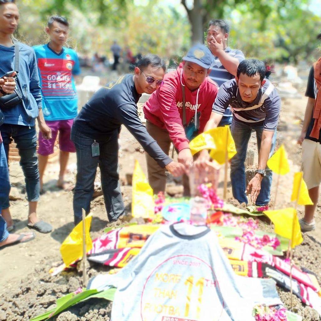 Media Asing Beritakan Tewasnya Suporter di Bandung
