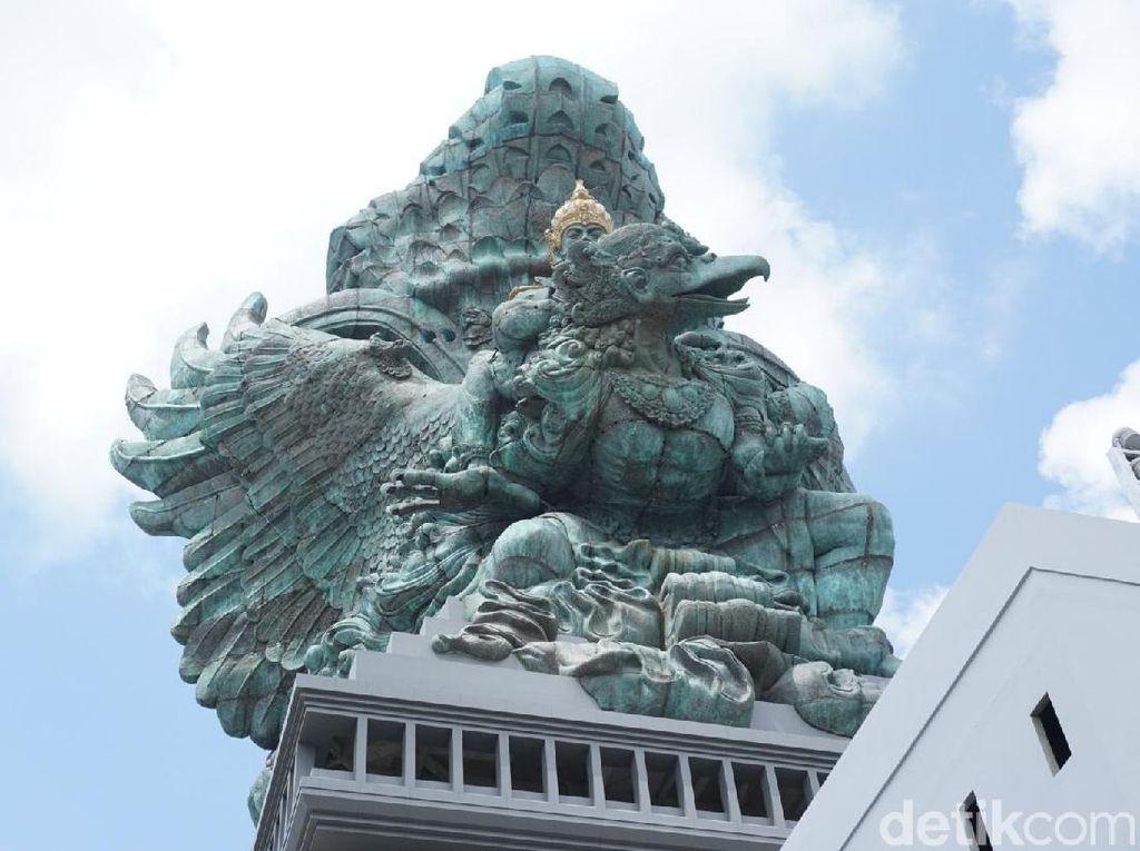 Foto-foto Perdana Interior Patung Garuda Wisnu Kencana