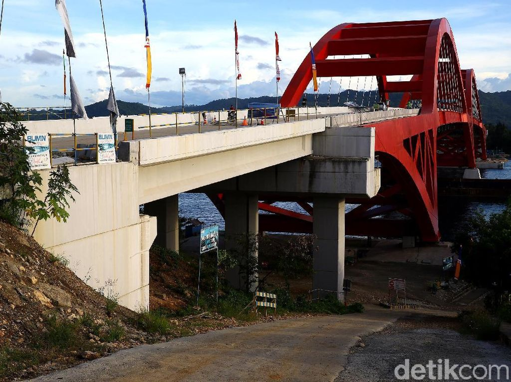 Jembatan Holtekamp Diresmikan Jokowi Maret 2019
